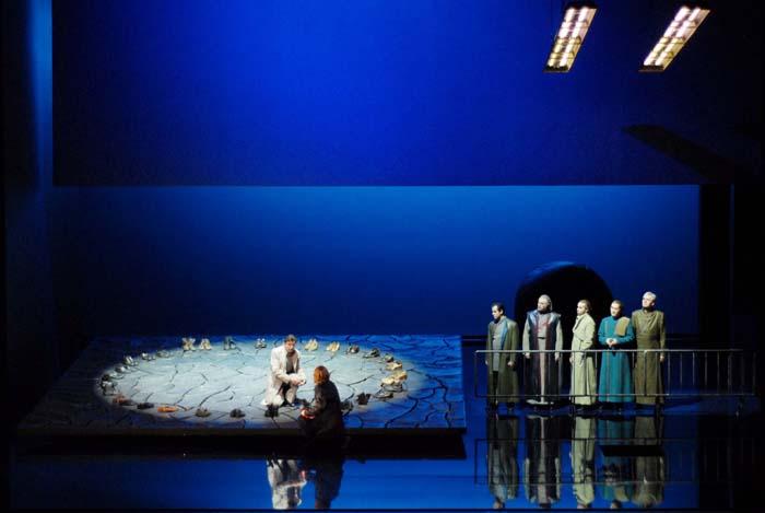 Tannhäuser und der Sängerkrieg auf Wartburg  Regie: Guy Montavon Bühne: Edoardo Sanchi Kostüme: Amélie Haas  Oper Erfurt Premiere am 10. März 2007